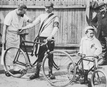 Maurice Garin after winning the Tour